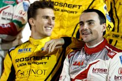 Hugo Valente, LADA Sport Rosneft, Lada Vesta; Norbert Michelisz, Honda Racing Team JAS, Honda Civic WTCC