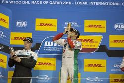 Podium: Race winner Mehdi Bennani, Sébastien Loeb Racing, Citroën C-Elysée WTCC; second place Thed Björk, Polestar Cyan Racing, Volvo S60 Polestar TC1