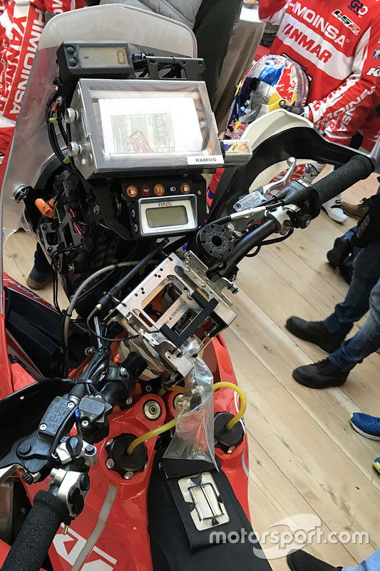 Cuadro de mandos de la KTM 450 Rally de Himoinsa