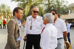 Mansoir Ojjeh, CEO, TAG, Bernie Ecclestone, Formula 1 e invitados