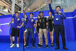 Valentino Rossi, Yamaha Factory Racing, Maverick Viñales, Yamaha Factory Racing, Johann Zarco, Monst