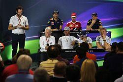 The FIA Press Conference (from back row (L to R)): Daniel Ricciardo, Red Bull Racing; Sebastian Vettel, Ferrari; Max Verstappen, Red Bull Racing; Charlie Whiting, FIA Delegate; Lewis Hamilton, Mercedes AMG F1; Felipe Massa, Williams; Nico Rosberg, Mercedes AMG F1