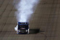William Byron, Kyle Busch Motorsports, Toyota mit rauchendem Motor