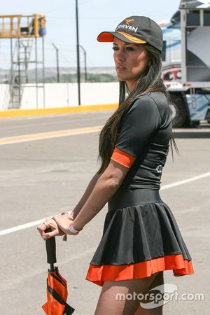 Hot grid girl Corven