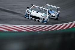 #231 Optimum Motorsport Ginetta G55 GT4: Adrian Barwick, Dan O'Brien, Tom Hibbert