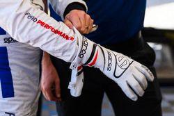Handschuhe von Dirk Müller, Ford Performance Chip Ganassi Racing
