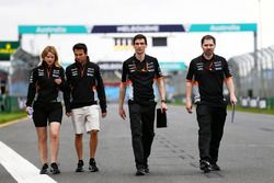 Sergio Perez, Sahara Force India F1 walks the circuit with Bernadette Collins, Sahara Force India F1