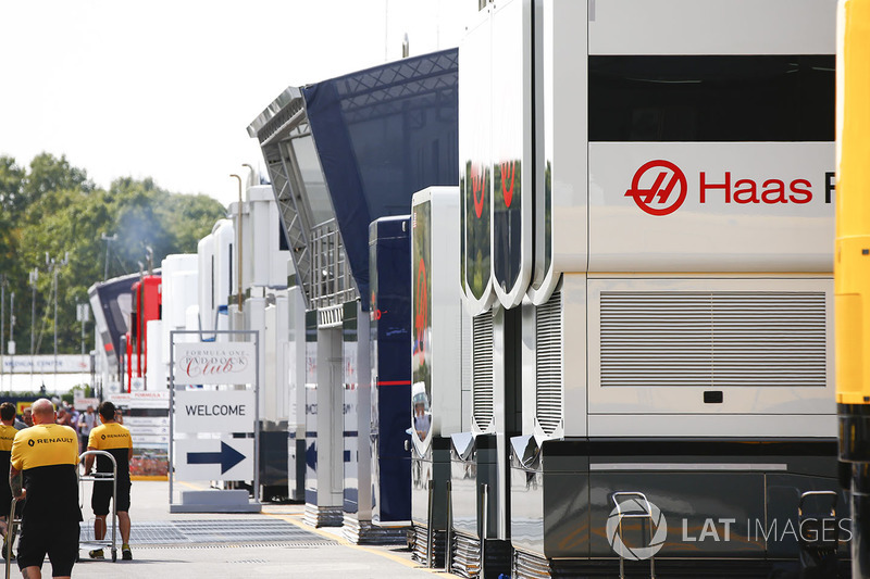 Team transporters in the paddock