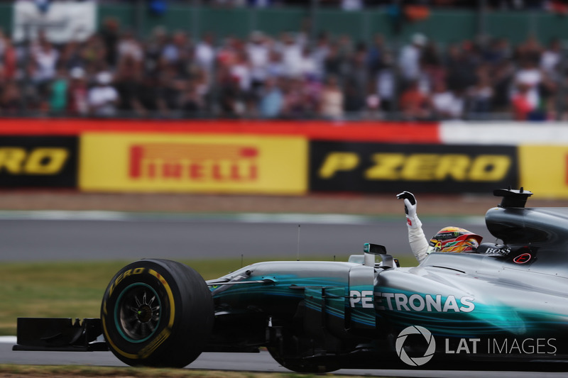 Lewis Hamilton, Mercedes AMG F1 W08  fans