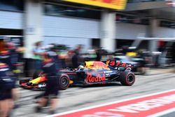 Daniel Ricciardo, Red Bull Racing pitstop