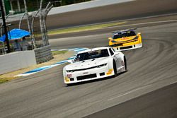 #63 TA2 Chevrolet Camaro, Bob Lima, Team Lima, #5 TA2 Chevrolet Camaro, Lawrence Loshak, Loshak Stark Racing