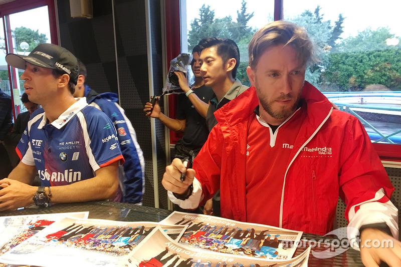 nick heidfeld mahindra racing a eprix di parigi. Black Bedroom Furniture Sets. Home Design Ideas