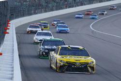 Daniel Suarez, Joe Gibbs Racing Toyota, Austin Dillon, Richard Childress Racing Chevrolet