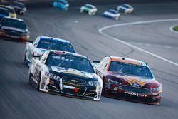 Ryan Newman, Richard Childress Racing Chevrolet, Danica Patrick, Stewart-Haas Racing Ford