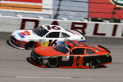 J.J. Yeley, TriStar Motorsports Toyota, Ryan Reed, Roush Fenway Racing Ford