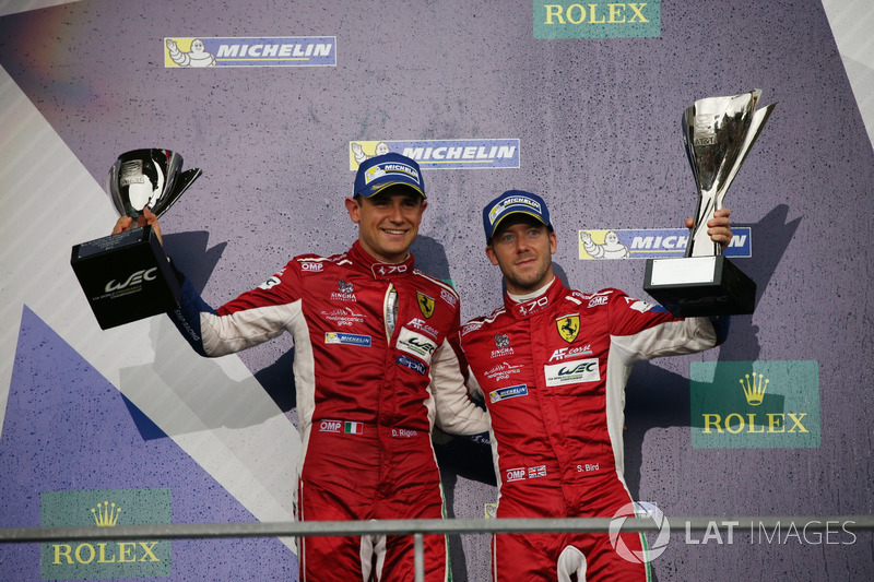 Podium GTE Pro: #71 AF Corse Ferrari 488 GTE: Davide Rigon, Sam Bird