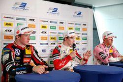 Conferenza stampa: il vincitore della gara Callum Ilott, Prema Powerteam, Dallara F317 - Mercedes-Be