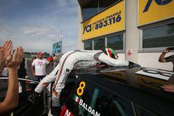 Il vincitore di Gara 2 Nicola Baldan, Pit Lane, Seat Leon TCR-TCR