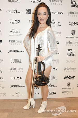 Violinist Giselle Tavilson