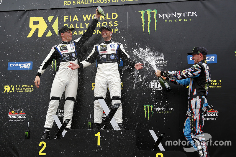 Podium: winner Petter Solberg, PSRX Volkswagen Sweden, second place Johan Kristoffersson, Volkswagen Team Sweden, third place Andreas Bakkerud, Hoonigan Racing Division Ford