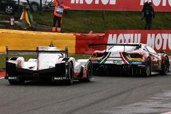 #1 Porsche Team, Porsche 919 Hybrid: Neel Jani, Andre Lotterer, Nick Tandy; #71 AF Corse, Ferrari 48
