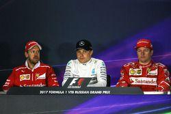 Sebastian Vettel, Ferrari, Valtteri Bottas, Mercedes AMG F1, Kimi Raikkonen, Ferrari in de persconfe