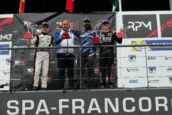 Podium : le vainqueur Stefano Comini, Comtoyou Racing, Audi RS3 LMS, le deuxième, Benjamin Lessennes, Boutsen Ginion Racing, Honda Civic Type-R TCR, le troisième, Attila Tassi, M1RA, Honda Civic TCR