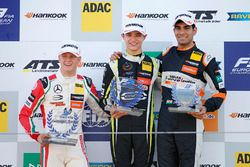 Rookie podium: winner Lando Norris, Carlin, second place Mick Schumacher, Prema Powerteam, third pla