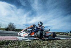 Carlos Sainz Jr., Scuderia Toro Rosso lors d'un roulage au Karting Club Correcaminos de Recas