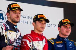 Podium: racewinnaar Charles Leclerc, PREMA Powerteam, tweede plaats Luca Ghiotto, RUSSIAN TIME, derd