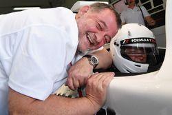 Paul Stoddart, F1 Experiences 2-Seater passagier Belinda Whiteside