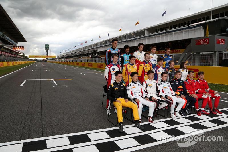 The 2017 GP3 Series class photo