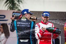 Podium: race winner Sébastien Buemi, Renault e.Dams, third place Nick Heidfeld, Mahindra Racing