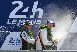 Segundo, Anthony Davidson, Toyota Gazoo Racing, ganador, Earl Bamber, Porsche Team