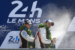 Second place Anthony Davidson, Toyota Gazoo Racing, winner Earl Bamber, Porsche Team