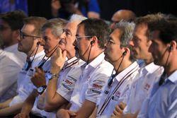 Huges de Chaunac, Toyota Gazoo Racing con Toyota miembros de Gazoo Racing team