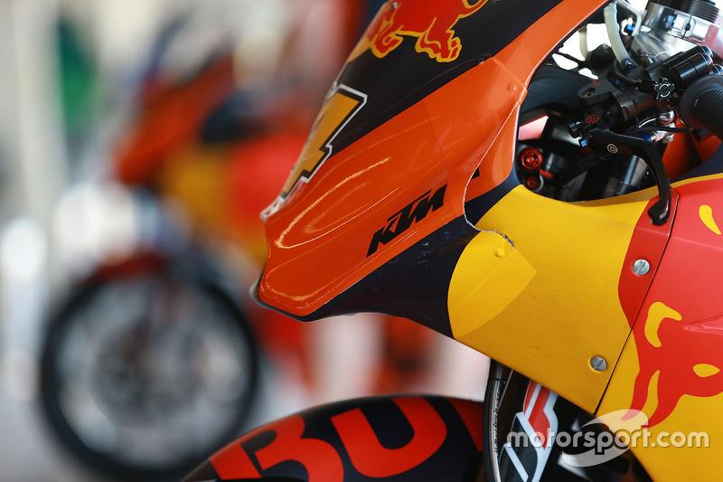Nouveau carénage pour Pol Espargaro, Red Bull KTM Factory Racing