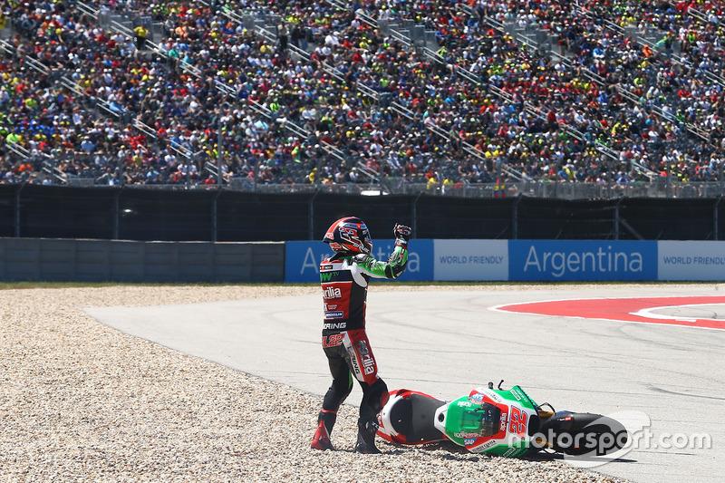 Sam Lowes, Aprilia Racing Team Gresini, choque
