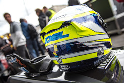 Le casque de Joel Eriksson, Motopark Dallara F317 - Volkswagen