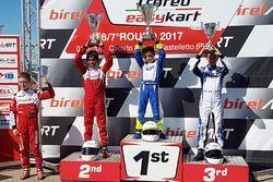 Podium: race winner Daniele d'Urso, second place Ruhaan Alva, third place Lorenzo Patrese