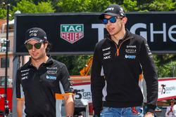 Sergio Perez, Force India; Esteban Ocon, Force India