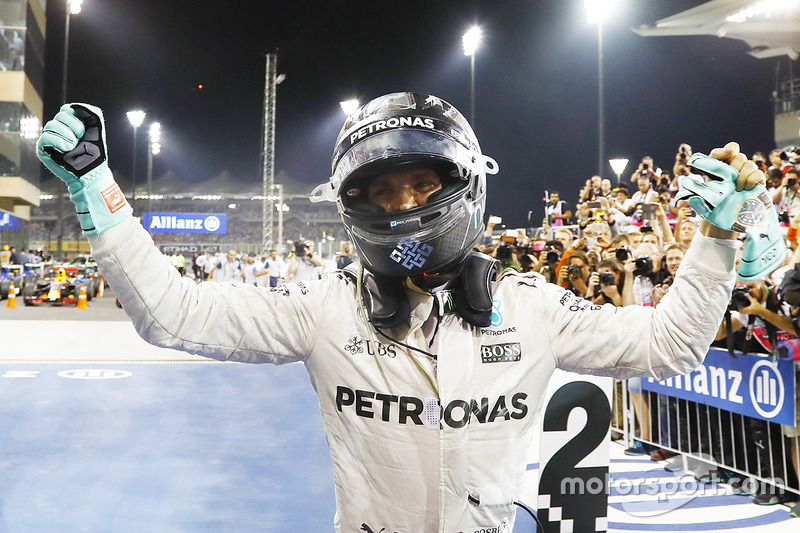 27 novembre 2016 - Titre pilote pour Rosberg