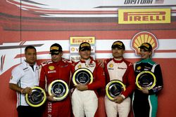 Podium: Race winner Thomas Loefflad, StileF Squadra Corse; second place Rick Lovat, Kessel Racing; third place Matt Keegan, Ferrari of San Francisco; Manuela Gostner, Ineco - MP Racing