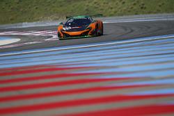 #58 Strakka Racing, McLaren 650 S GT3: Alvaro Parente, Rob Bell, Ben Barnicoat
