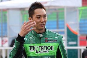 #7 D'station Racing AMR Aston Martin Vantage GT3: Tomonobu Fuji