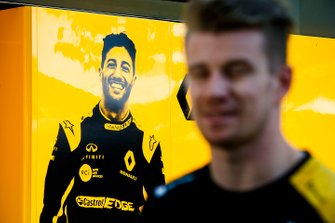 Nico Hulkenberg, Renault F1 Team in front of a graphic for Daniel Ricciardo, Renault F1 Team