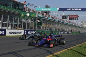 Daniil Kvyat, Toro Rosso STR14, moves over for Valtteri Bottas, Mercedes AMG W10