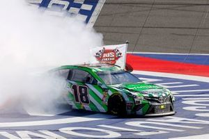 Kyle Busch, Joe Gibbs Racing, Toyota Camry Interstate Batteries celebrates his win with a burnout