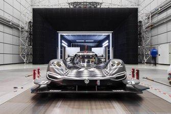 Volkswagen ID. R en el túnel de viento