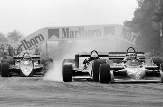 Elio de Angelis, Shadow DN9 crashes into the back of Bruno Giacomelli, Alfa Romeo 177